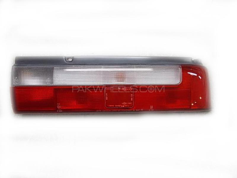 Suzuki Cultus 2007-2017 Back Light RH Image-1