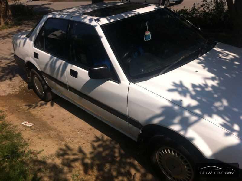 Honda Accord EX 1988 Image-6