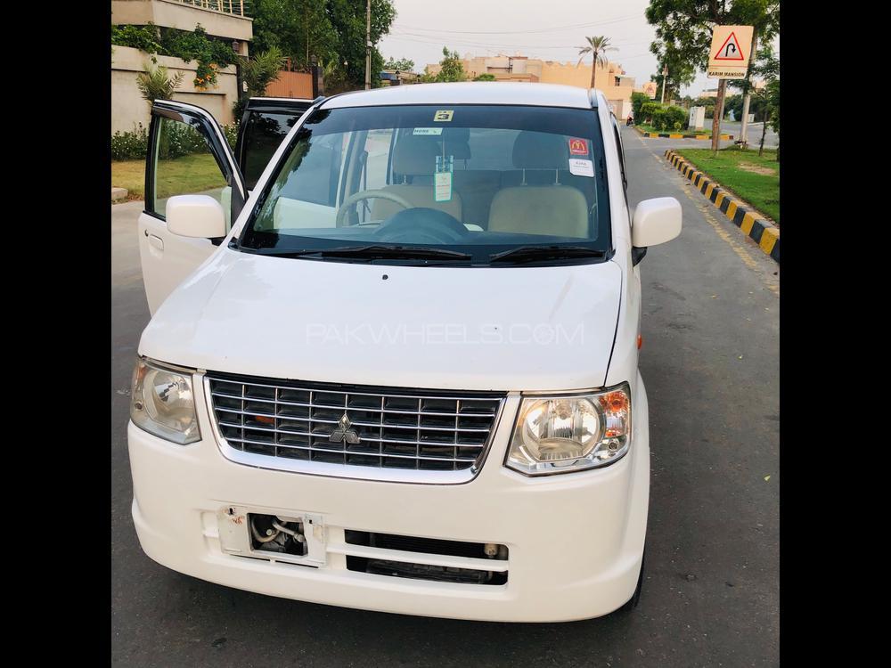 Mitsubishi Ek Wagon MS 2011 Image-1