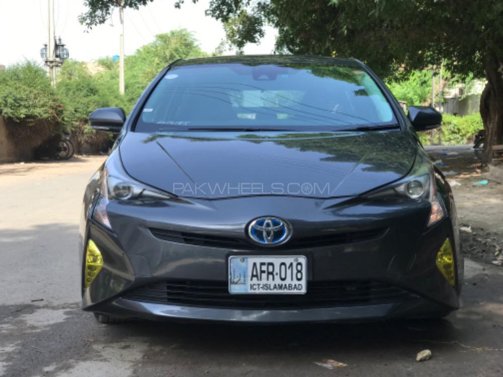 Toyota Prius - 2016  Image-1