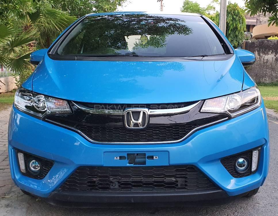 Honda Fit 1.5 Hybrid S Package 2016 Image-1