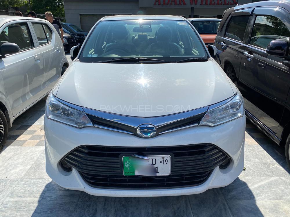 Toyota Corolla Axio X 1.5 2016 Image-1