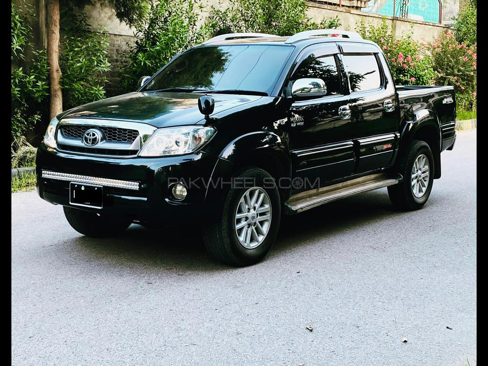 Toyota Hilux Invincible X 2008 Image-1