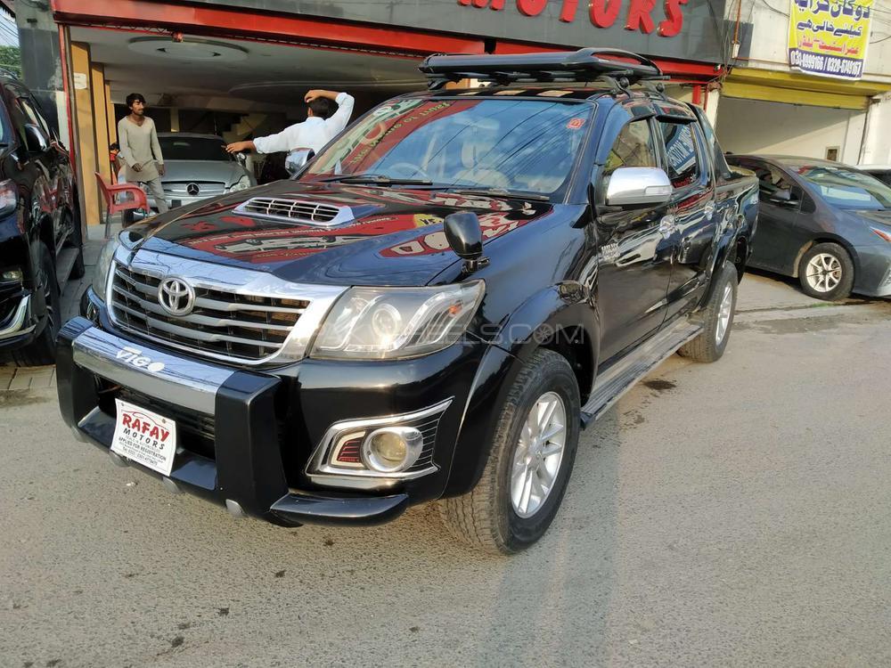 Toyota Hilux Vigo G 2012 Image-1