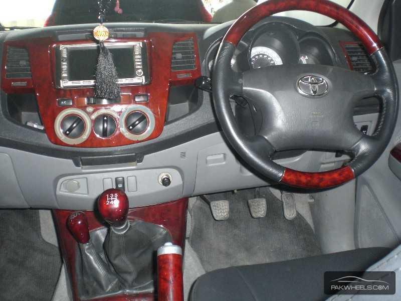 Toyota Hilux Vigo Champ G 2007 Image-7