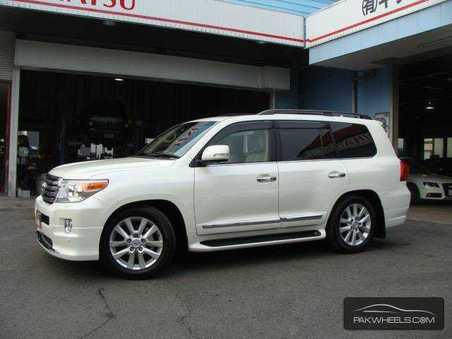 used toyota land cruiser zx 2014 car for sale in pakwheels. Black Bedroom Furniture Sets. Home Design Ideas