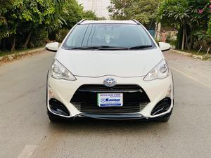 Used Toyota Aqua X Urban Solid 2016