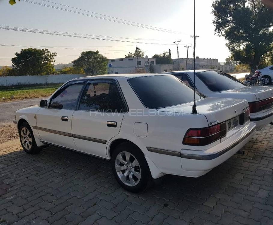 Toyota Corona 1990 Image-1