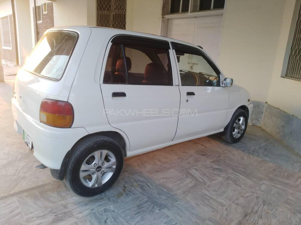 Daihatsu Cuore CX 2007 Image-1