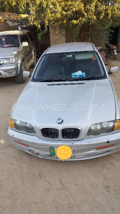 BMW 3 Series 318i 1999 Image-1