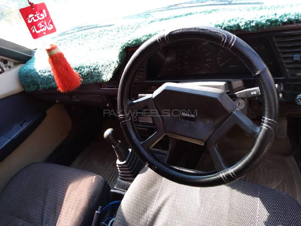 Nissan Sunny IDLX 1997 Image-1
