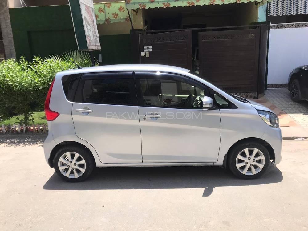Mitsubishi Ek Wagon G Safety Plus Edition 2015 Image-1