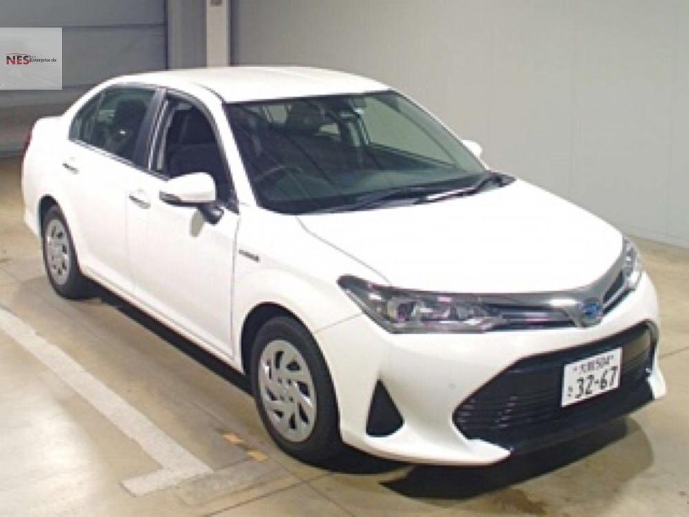 Toyota Corolla Axio G 2018 Image-1