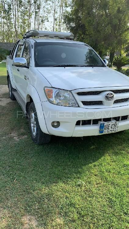 Toyota Hilux 4x4 Double Cab Standard 2006 Image-1