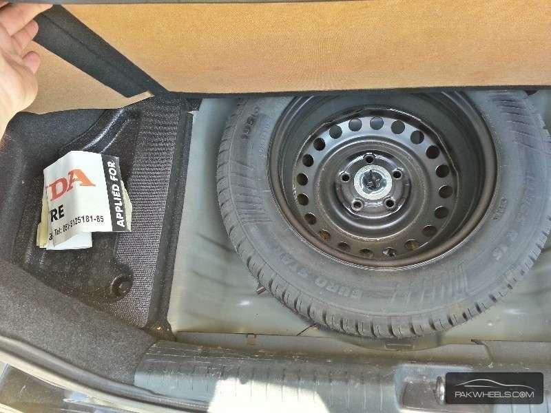 Honda Civic VTi Oriel Prosmatec 1.8 i-VTEC 2012 Image-4