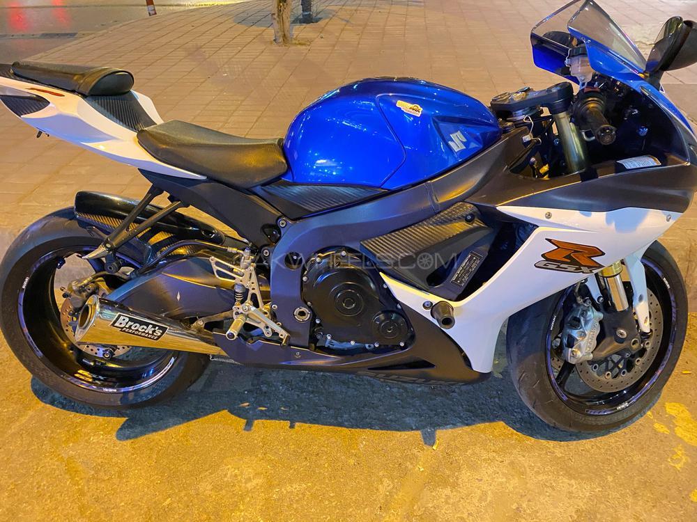 Suzuki GSX-R750 2012 Image-1