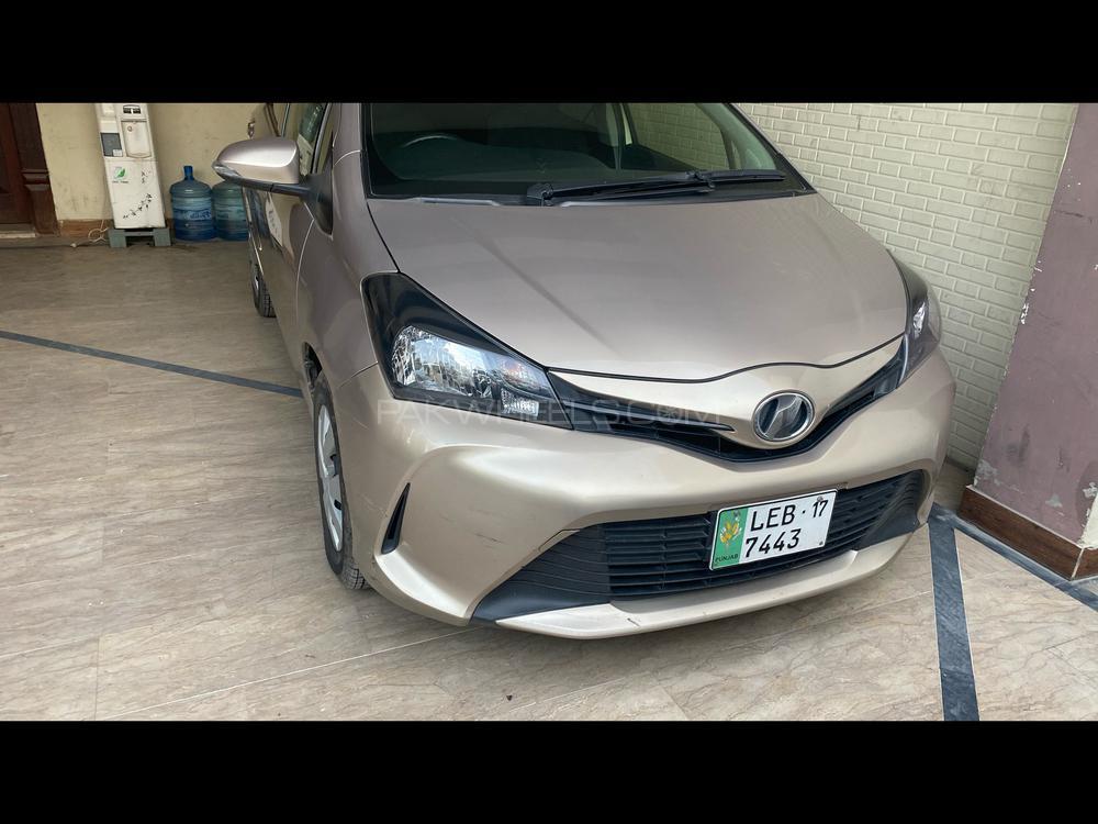 Toyota Vitz F Limited 1.0 2014 Image-1