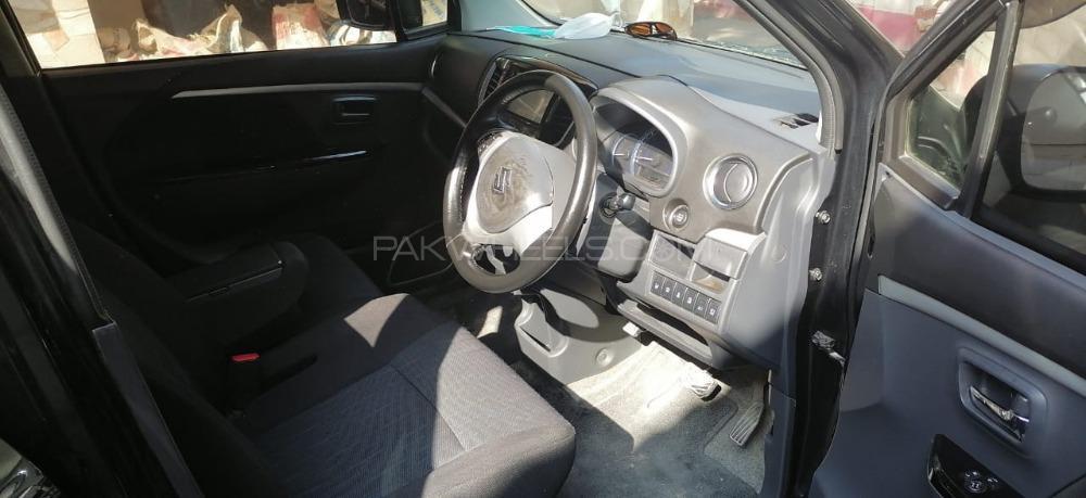 Suzuki Wagon R Hybrid FZ 2018 Image-1