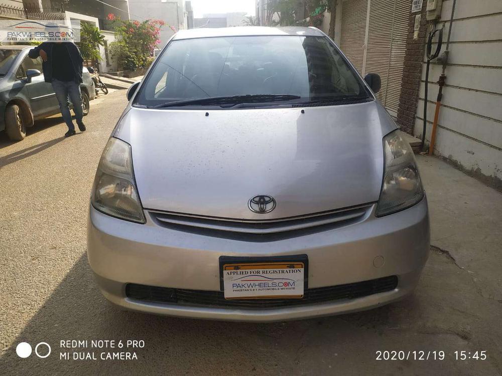 ٹویوٹا پرایوس L 1.8 2011 Image-1