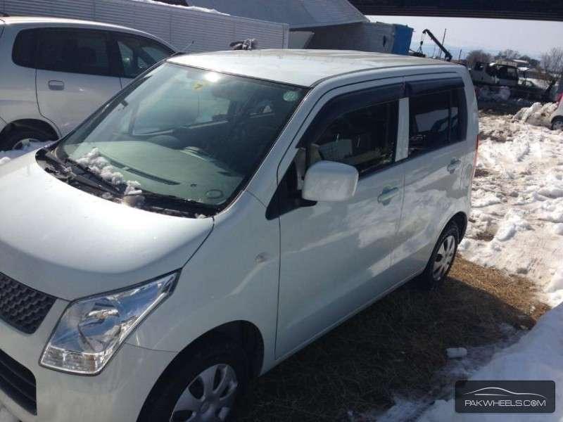 Suzuki Wagon R 2012 Image-9