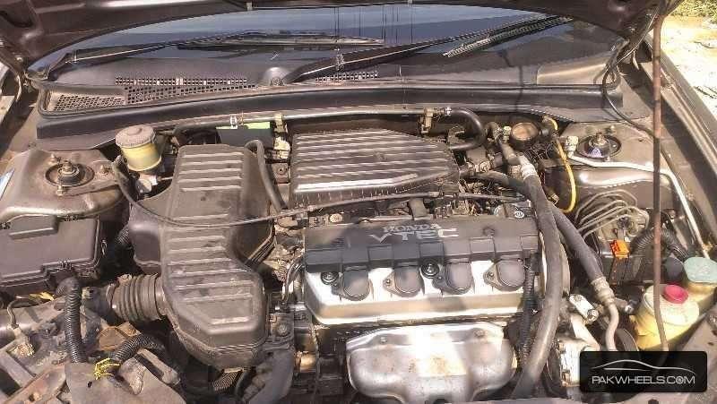 Honda Civic VTi Prosmatec 1.6 2001 Image-7