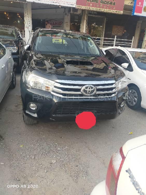 Toyota Hilux Revo G 3.0 2017 Image-1