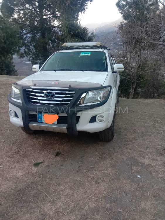 Toyota Hilux 4x4 Double Cab Standard 2009 Image-1
