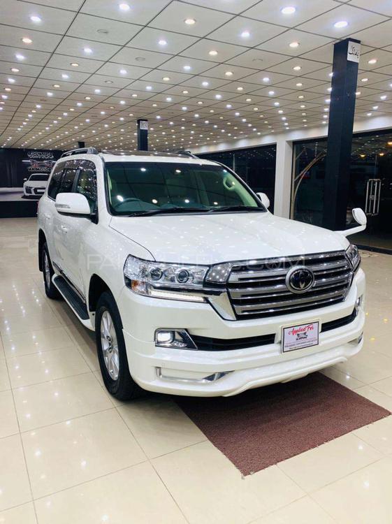 Toyota Land Cruiser AX 2017 Image-1