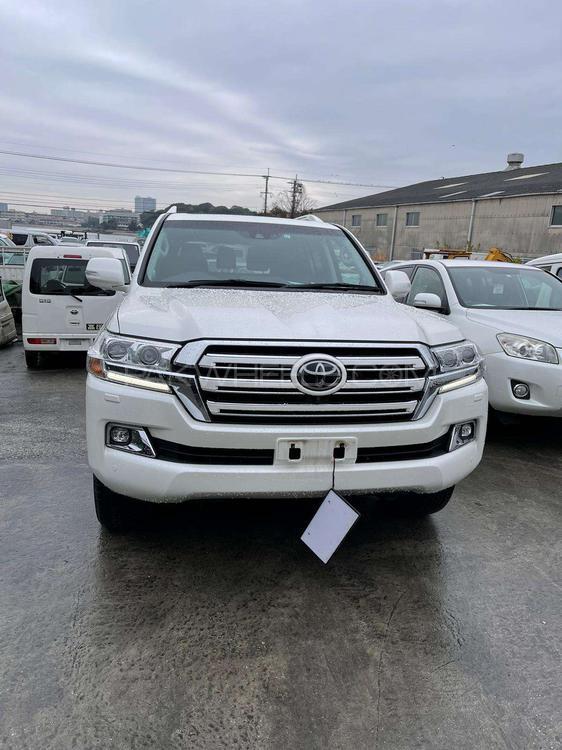 Toyota Land Cruiser AX 2015 Image-1