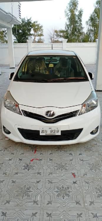 Toyota Vitz F M Package 1.0 2012 Image-1
