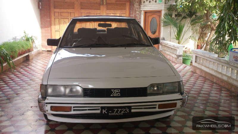 Mitsubishi Galant 1987 Image-1