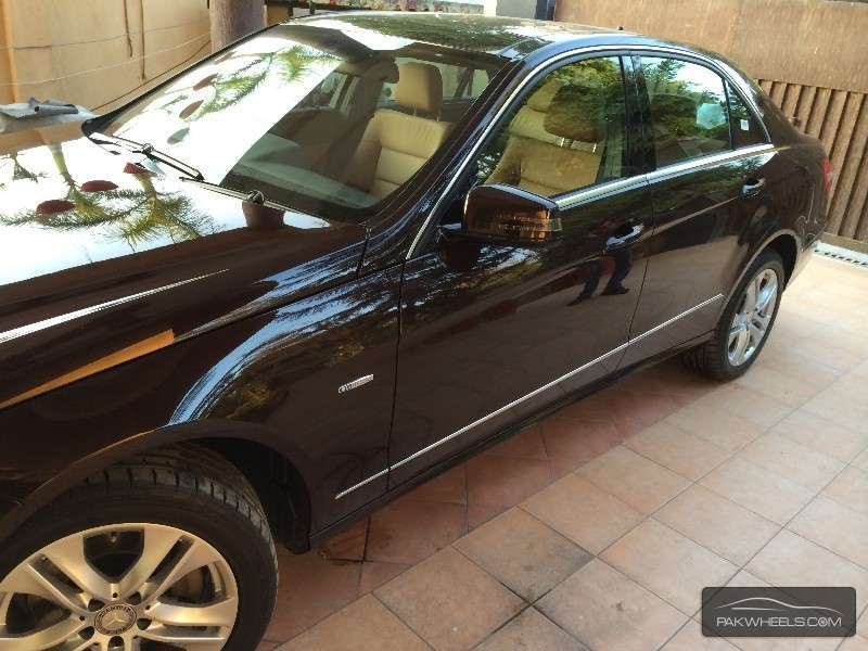 Used mercedes benz e class e 250 cdi 2011 car for sale in for Used mercedes benz rims for sale