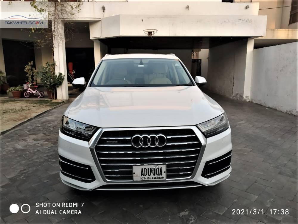 Audi Q7 3.0 TFSI 2017 Image-1