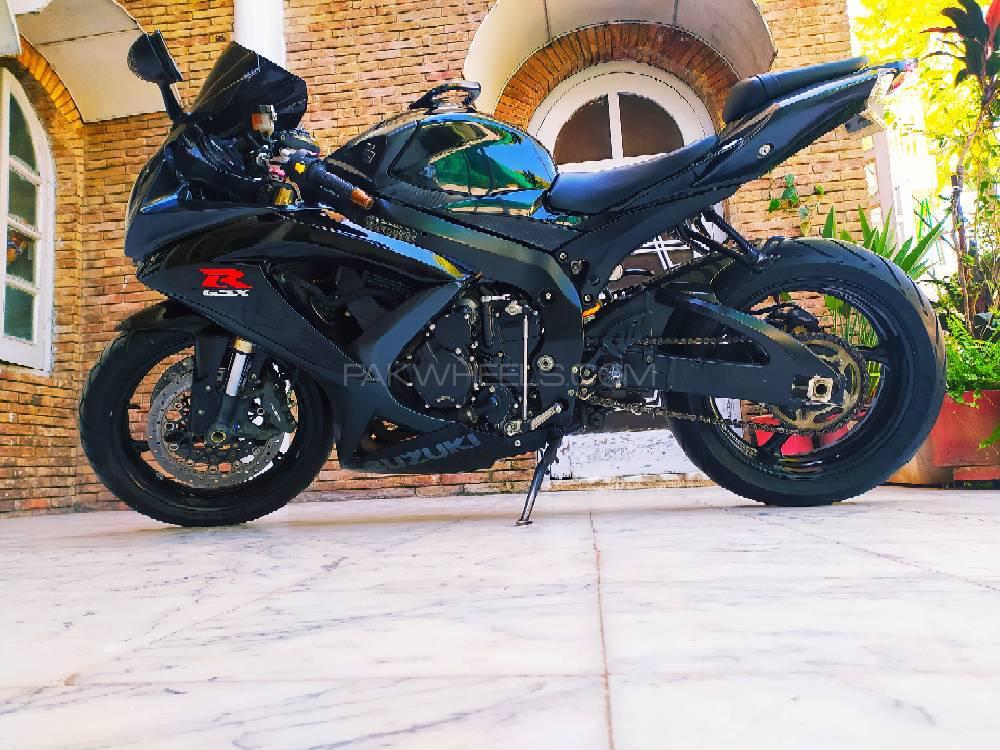 سوزوکی GSX-R600 2008 Image-1