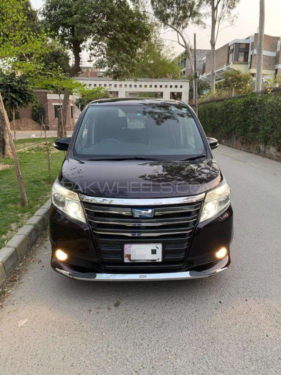 Toyota Noah S 2014 Image-1