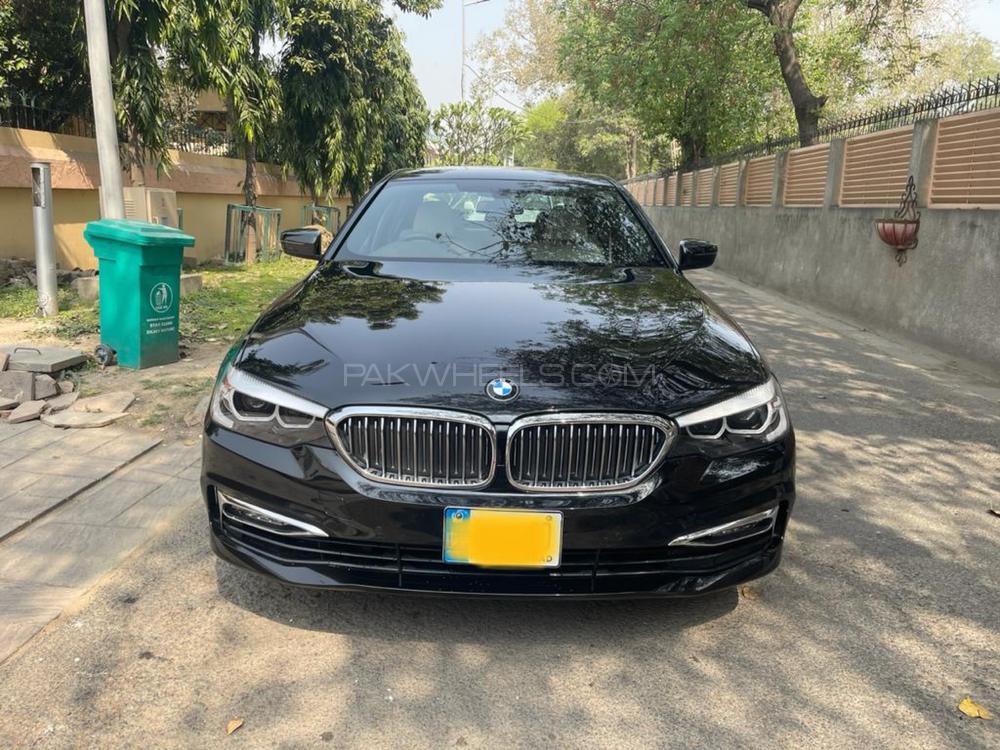 BMW 5 Series 530e 2018 Image-1