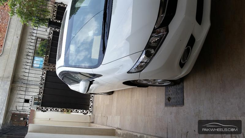 Honda Civic VTi Oriel 1.8 i-VTEC 2014 Image-2