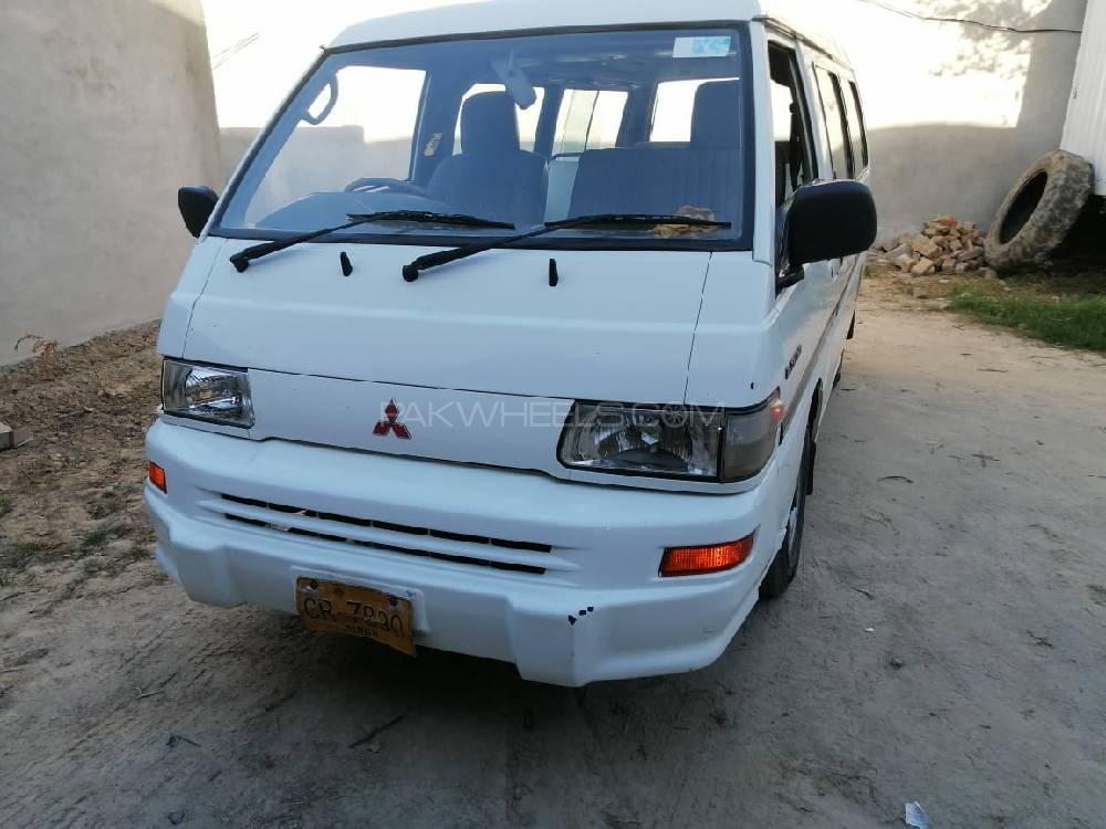 Mitsubishi Hiace 2007 Image-1