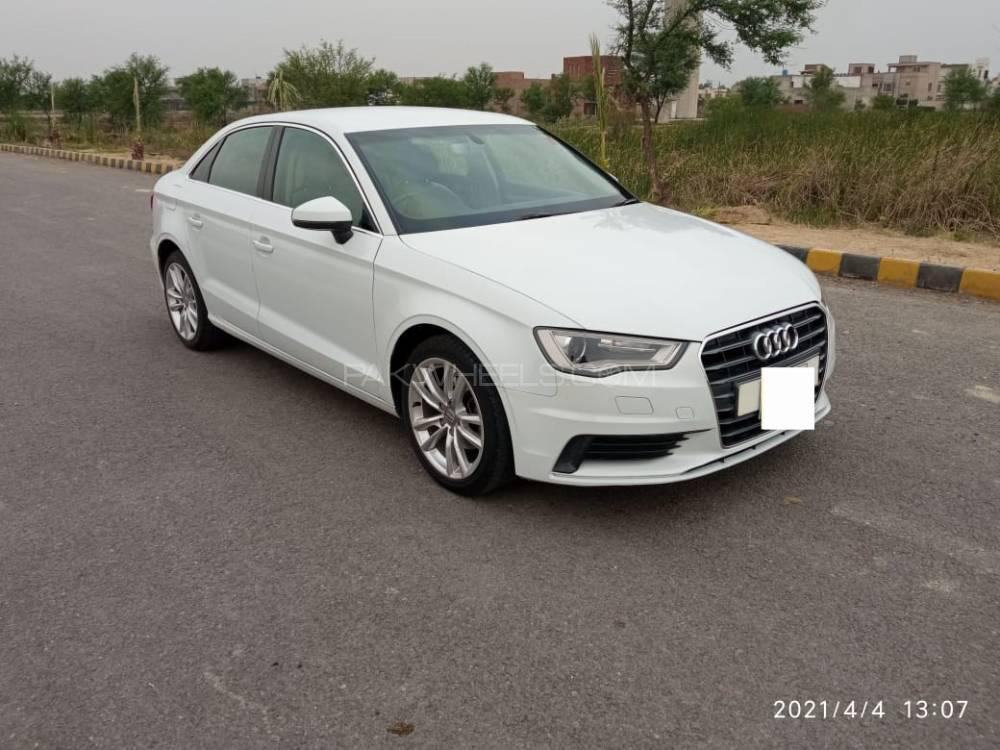 Audi A3 1.2 TFSI Exclusive Line 2015 Image-1