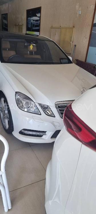 Mercedes Benz E Class E250 Avantgarde 2012 Image-1