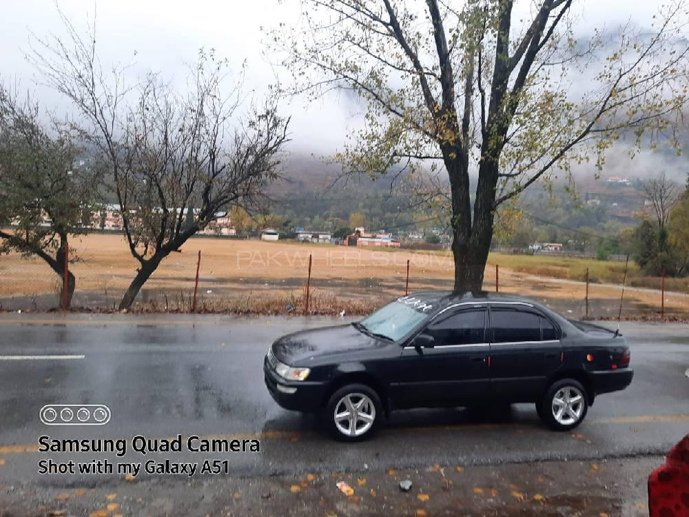 Toyota Corolla XE 1997 Image-1