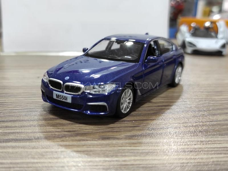 BMW M550i Die Cast Detailed Model Blue in Lahore