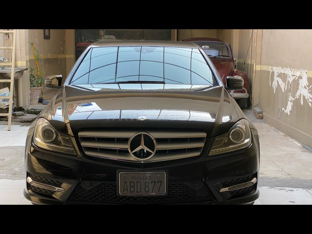 Mercedes Benz C Class C250 2013 Image-1