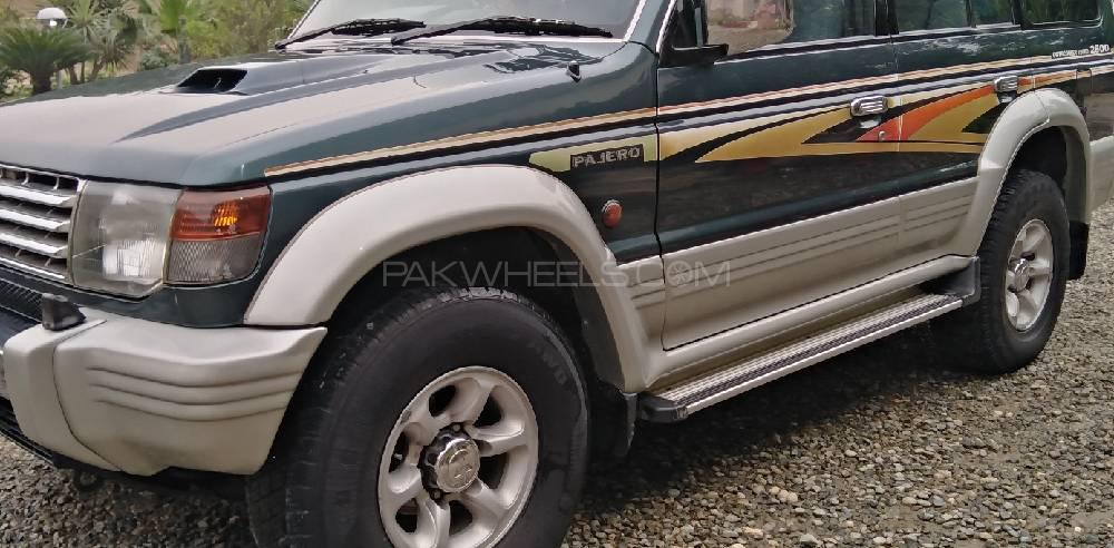Mitsubishi Pajero 1995 Image-1