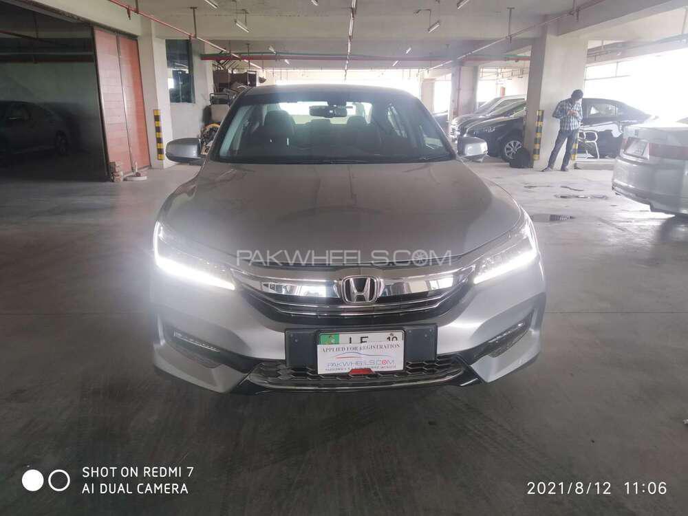 Honda Accord VTi 2.4 2018 Image-1