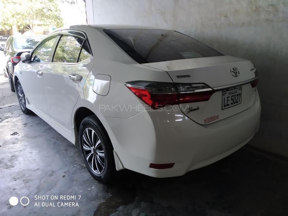 Toyota Corolla Altis Grande X CVT-i 1.8 Black Interior 2018 Image-1