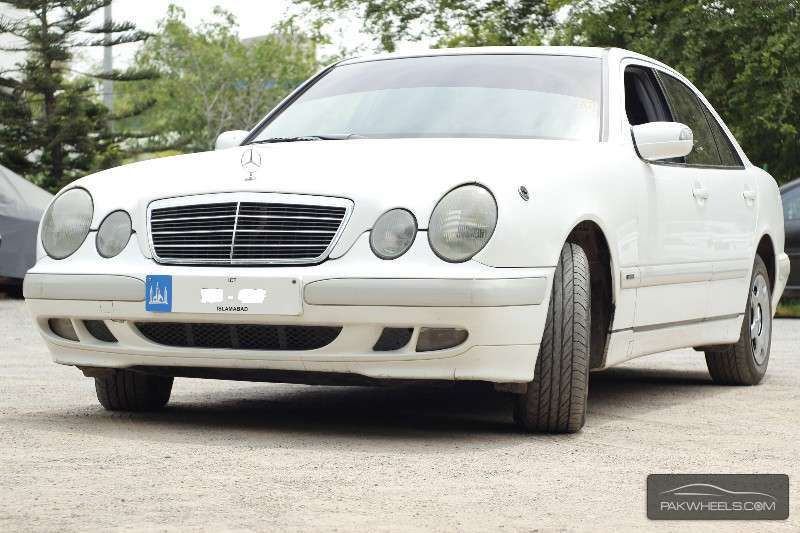 Mercedes benz e class e200 1999 for sale in islamabad for 1999 mercedes benz e class