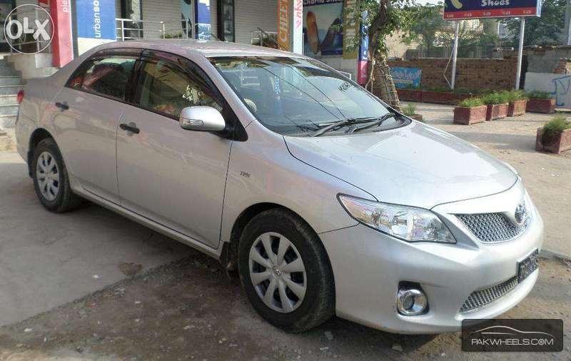 used toyota corolla 1 6 gli 2011 car for sale in islamabad 982994 pakwheels. Black Bedroom Furniture Sets. Home Design Ideas