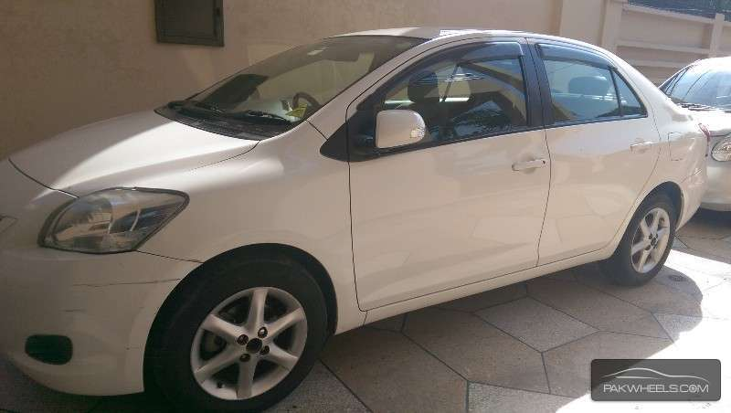 Toyota Belta X 1.0 2009 Image-2