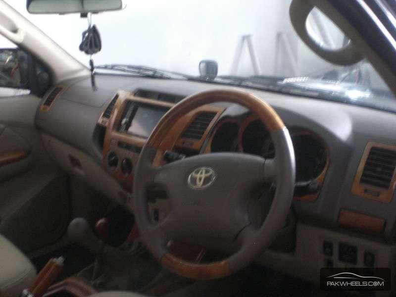 Toyota Hilux Vigo Champ G 2005 Image-4